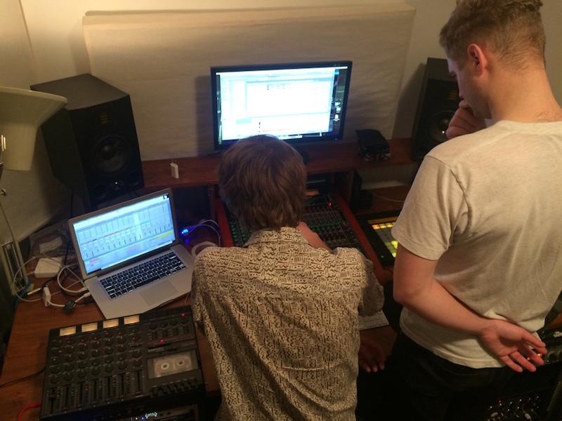 Studio session med Invader Ace - min musik börjar leva!